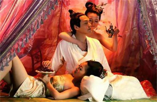 【中国古代皇帝的奇葩死法】历史上皇帝的奇葩死法 还有掉进粪坑淹死的