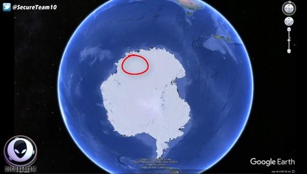南极大陆发现不明的神�z物体,有可能是UFO基地