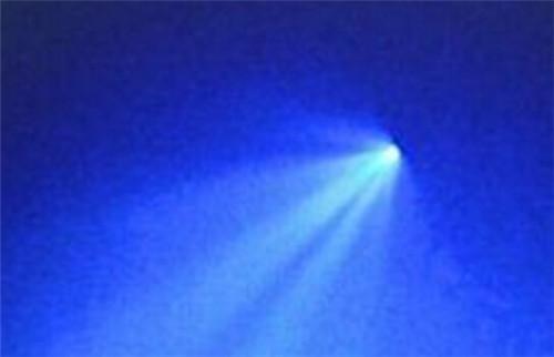 9.8新疆ufo事件悬停5小时的经过和背后的真相