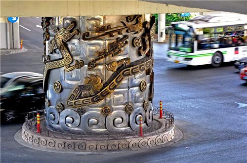 上海延安路高架桥龙柱事件的传说和真相