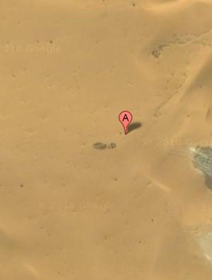 撒哈拉沙漠中的大脚印