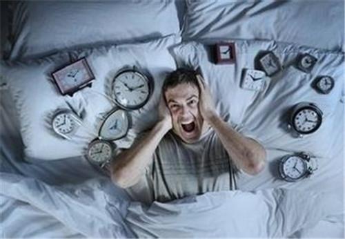睡觉前不能吃的东西 这11种食物吃了会让你失眠