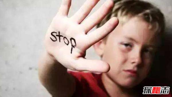 虐待儿童判刑图片