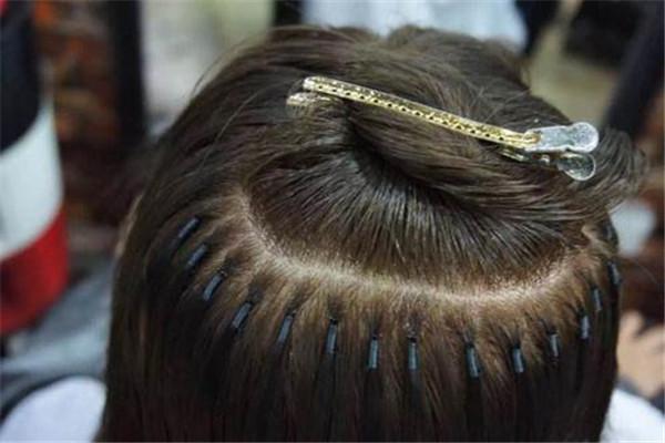6d接发的坏处有哪些 接点粗糙接好的发质不太柔和