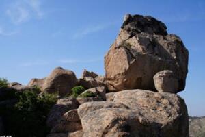 神奇巨石自爆之谜,巨石为什么自动爆炸(科学无解)
