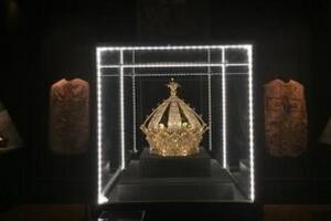 法国王冠钻石失窃之谜,稀世珍宝离奇失踪/疑被盗取