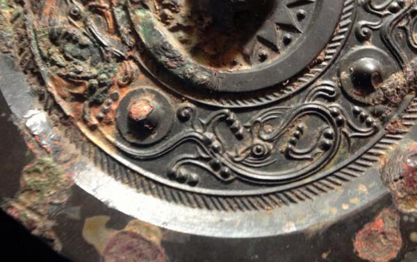 西汉魔镜原理:铸造成因,研磨透光(周总理有参与)