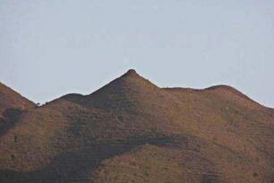 三亚最性感山峰,奶头山形状凸起像女人的乳房(想入非非)