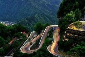 中国最危险的公路,吉首矮寨公路(200多人因此而丧命)