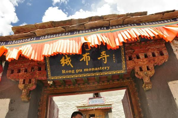 中国海拔最高的寺庙:绒布寺,海拔5100米(还在长高)