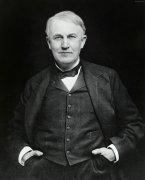 人们对爱迪生的评价:最伟大的发明家,也是成功商人