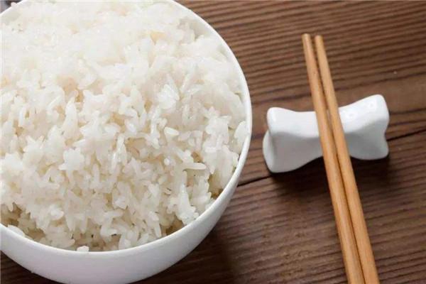 米饭糖分高吗 米饭的营养价值有哪些(主要成分淀粉)