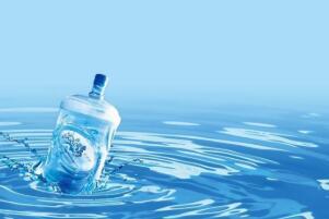 長期喝純淨水(shui)對(dui)身體有害嗎,有害(代謝失衡(heng)/鉛(qian)含(han)量超標)
