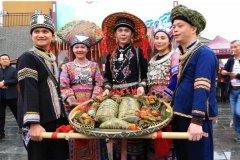 壮族的传统节日 男女对山歌以歌会友择偶(三月三歌节)