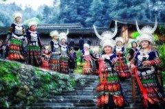 苗族的传统节日 吹芦笙跳芦笙舞过苗年踩花山(活动多姿多彩)