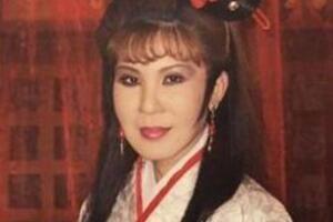 西门大妈杨钧钧年轻照片,65岁演鸳鸯戏水网友直呼辣眼睛