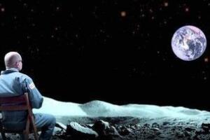 从月亮上看地球好恐怖,地球永不落山(月球伴着地球对转)