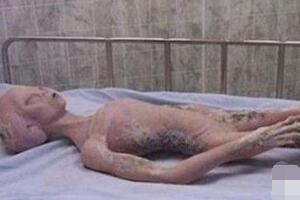 月球上的三眼女尸曾是地球难民,三眼女尸的真实身份揭秘