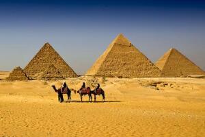 埃及金字塔灵异事件,金字塔中发生的诡异事件(胆小勿入)