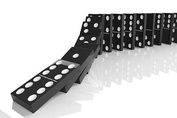 多米诺骨牌效应是什么意思?连锁反应有多可怕