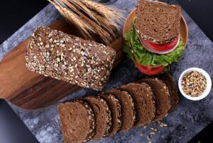 全麦面包是粗粮吗,不是粗粮(吃全麦面包减肥效果好)