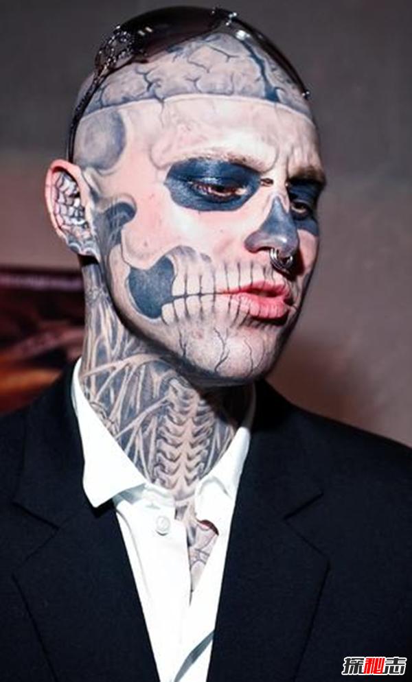 加拿大瑞克·格内斯特,行走的艺术生僵尸全纹身男孩(附本来面目)