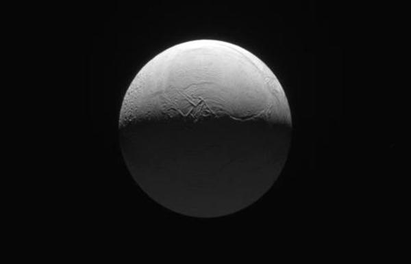 土卫二有大气层么?90%的水分子构成大气层(比较稀薄)