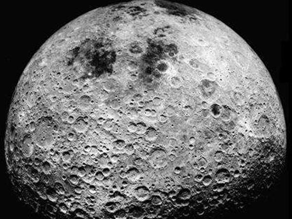 地球距离月球多远?多长时间可到达(36万km~41万km)
