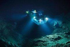 海底最深处有多深:马里亚纳海沟11034米(世界最深)