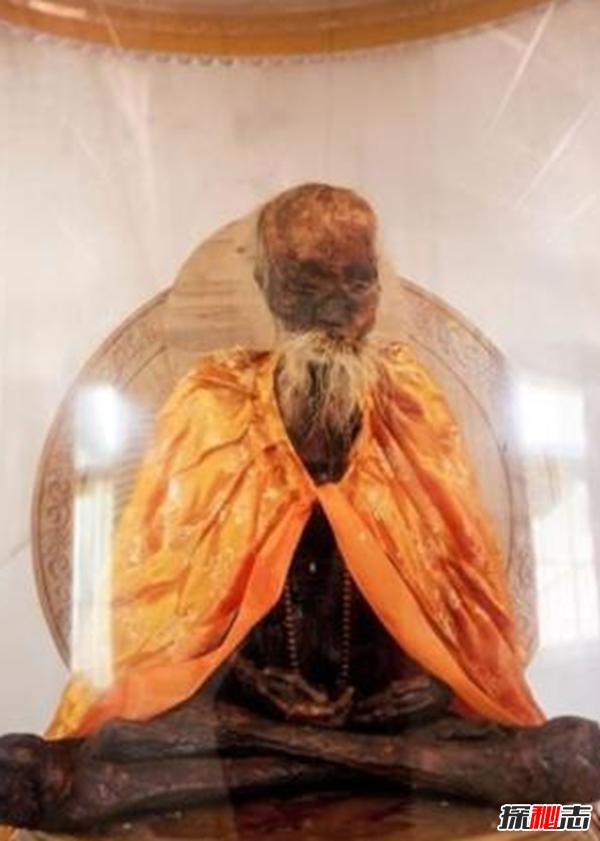 河南160岁老道人真身不腐之谜,参禅打坐时悄然仙逝