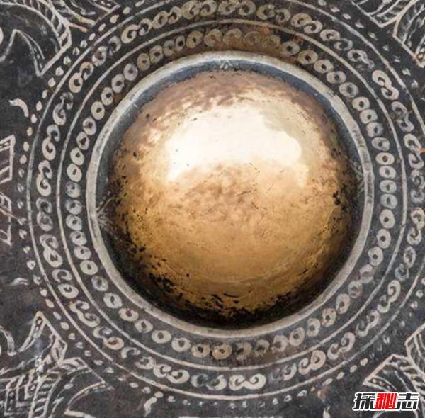 项羽宝藏之谜,破译藏宝图字符就能找出12面金锣