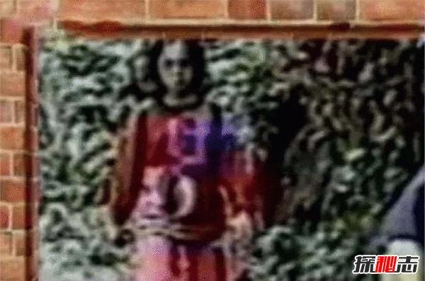 台湾十大灵异事件,DV中出现诡异红衣小女孩