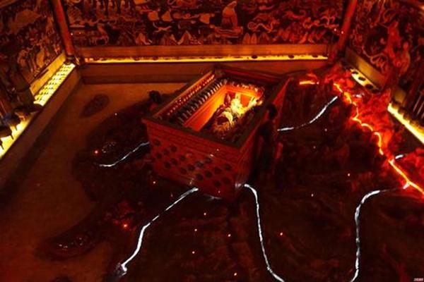 秦始皇陵墓水银女尸之谜被揭开,原来地宫的水银都出自她