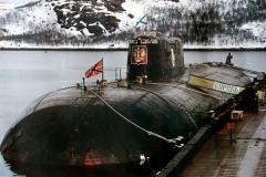 苏联库尔斯克号核潜艇事故:沉没于巴伦支海(118人丧生)