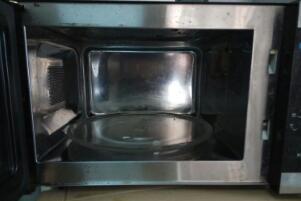 玻璃碗可以放烤箱吗,看玻璃碗材质(耐热才可以放烤箱)