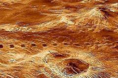 金星上出现大量神秘遗址:共2万座塔(组成圆形城市)