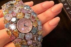 世界最昂贵手表排行榜:第一值3.8亿(镶满110克拉钻石)
