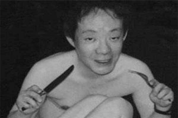 日本食人魔佐川一政 杀人奸尸碎尸食尸没入狱反成明星