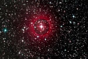 红超巨星有多大,太阳质量的100倍(最大的比太阳大45亿倍)