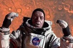 宇航员太空拍摄到浮尸,漂浮几百万年/可诞生外星生命