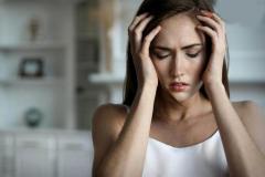 紧张综合症:是一种精神运动自主性障碍(比较难分辨)