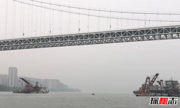 重庆大巴坠江最新消息:坠江公交黑匣子被找到