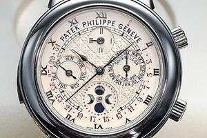 百达翡丽最贵量产表,百达翡丽5002P男士机械表(售价1760万)