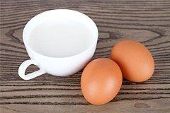 牛奶和鸡蛋能一起吃吗 牛奶和鸡蛋属于标配(营养高)