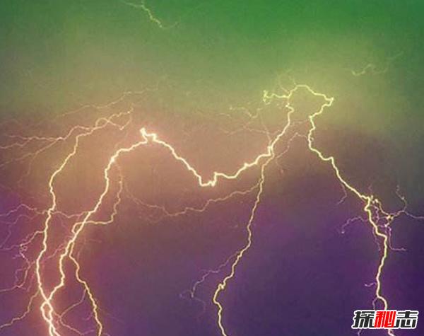 哪些自然现象预示天气?世界十大恐怖天气现象