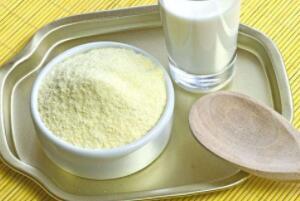 全脂乳粉什么东西,纯乳制成的粉状产品(脂肪含量不低于26%)