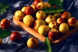 红枣和冬枣区别,品种不同/大小不同/功效口感不同