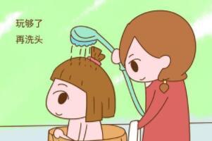 洗头应该多久洗一次,2-3天洗一次(下午一点/晚上十点洗最好)