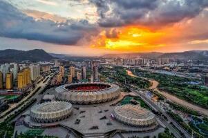青海省会是哪个城市:西宁市(古称青唐城、西平郡)