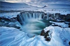 世界上最大的火山岛 位于雷克雅维克的冰岛